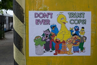 Don't Trust Cops Paste up