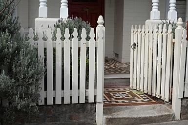 Gate in Annandale