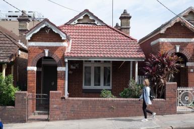 Queen Anne Cottage in Ashfield, Sydney