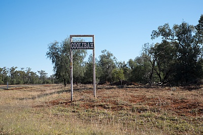 Large Stations in the Australian Outback few towns