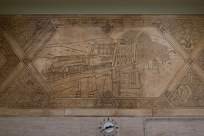 The Hawkesbury River Bridge depicted in mural at Central Station