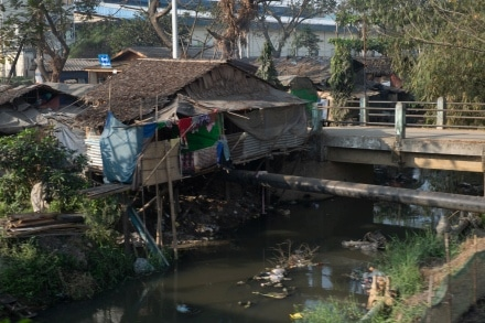 Living on the train track in Yangon