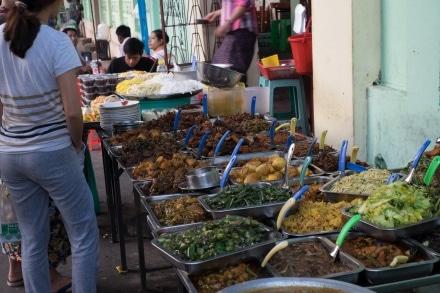 Pavement food stalls in Yangon