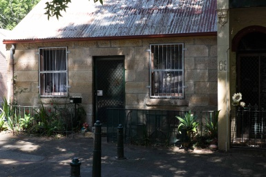 Sandstone Cottage in Dowling Street