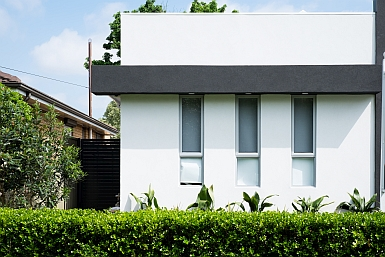 Modern home Emu Plains