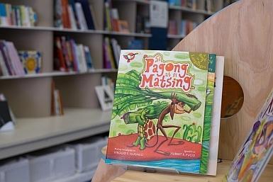 Bilingual Books in Lost in Books