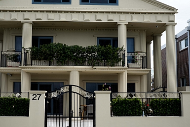 Greek Influences in Brighton