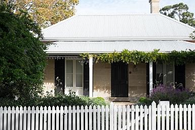 Hunter's Hill Cottage