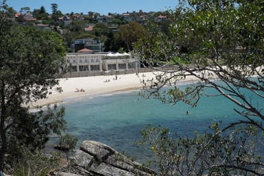 Bathers Pavilion Balmoral from Rocky Point