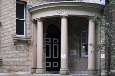 Bourke Street Public School