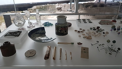 Artefacts found on archeological sites help to make sense of how people lived.