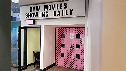 See movies at the inhouse cinema of central Sydney YHA